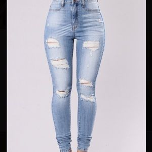Fashion Nova Ripped Jeans (New with Tags)